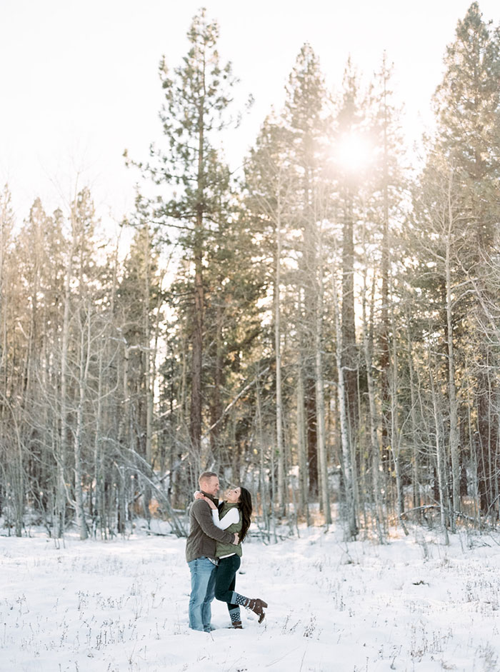 winter-lake-tahoe-engagement-photos-inspiration21