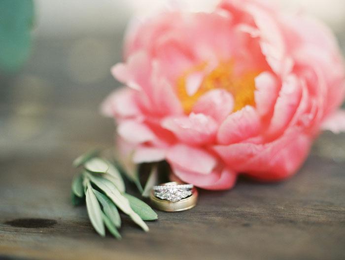 carmel-valley-romantic-ranch-flowers-wedding-inspiration02