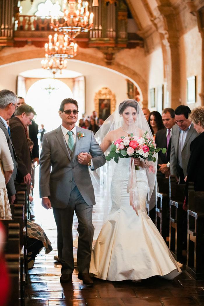 carmel-valley-romantic-ranch-flowers-wedding-inspiration04