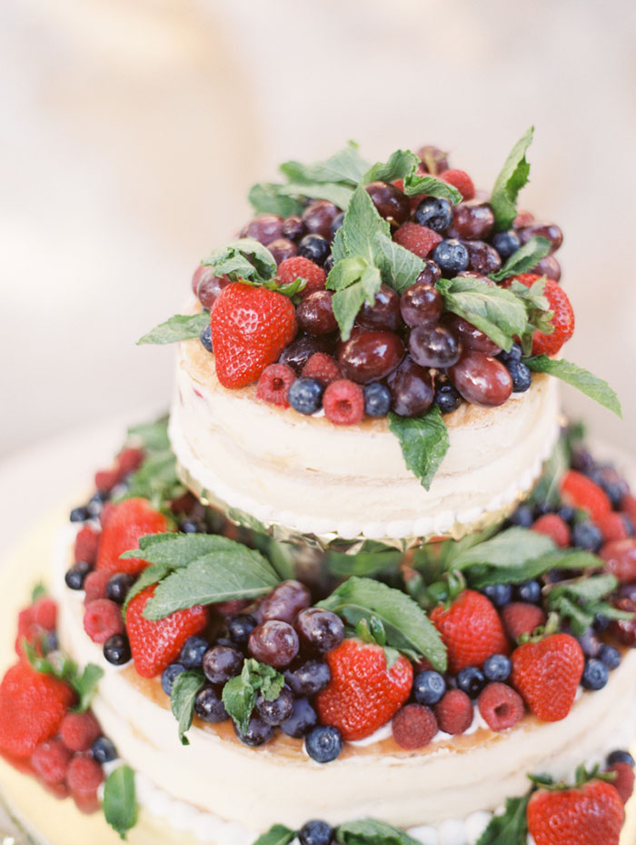 carmel-valley-romantic-ranch-flowers-wedding-inspiration28