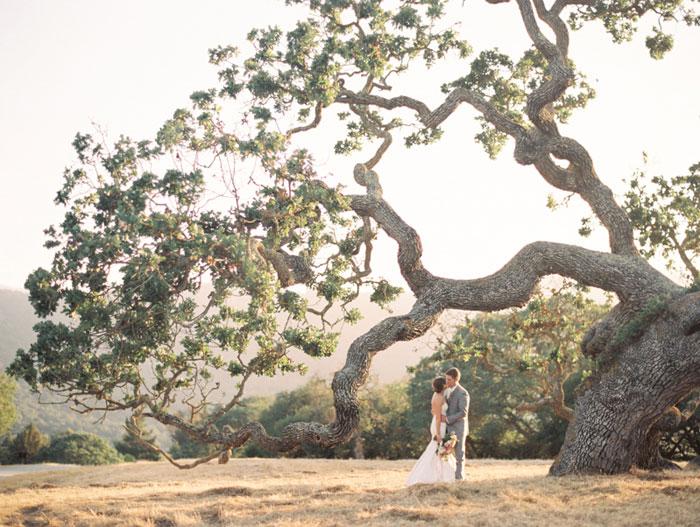 carmel-valley-romantic-ranch-flowers-wedding-inspiration40