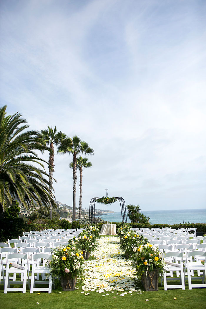 laguna-beach-classic-glam-french-wedding-inspiration10