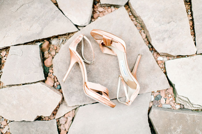 romantic-pink-sedona-travel-desert-wedding10