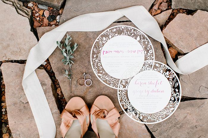 romantic-pink-sedona-travel-desert-wedding12
