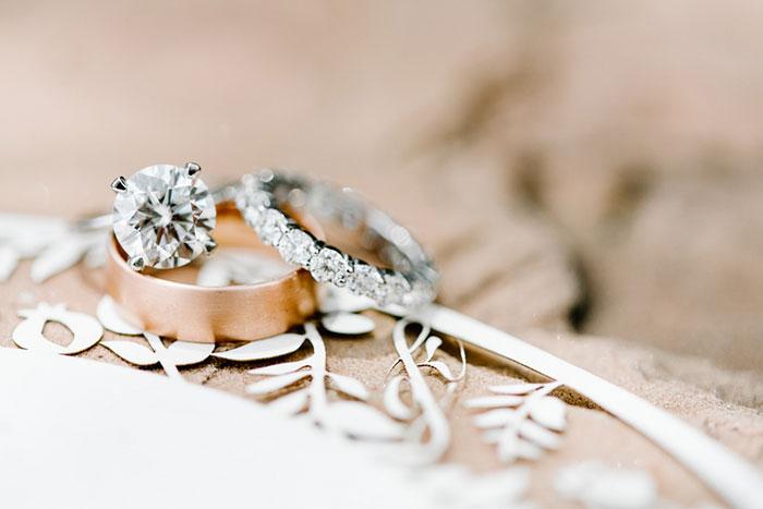 romantic-pink-sedona-travel-desert-wedding13