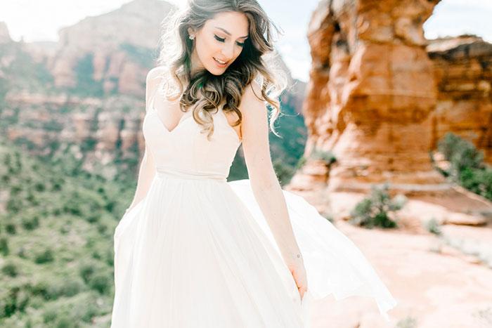 romantic-pink-sedona-travel-desert-wedding19