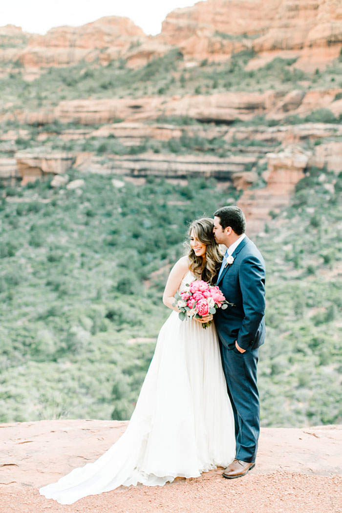 romantic-pink-sedona-travel-desert-wedding23