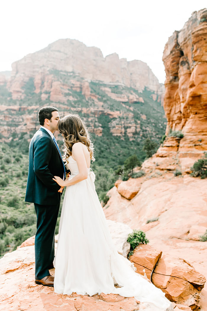 romantic-pink-sedona-travel-desert-wedding26