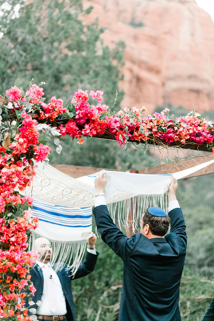 romantic-pink-sedona-travel-desert-wedding39