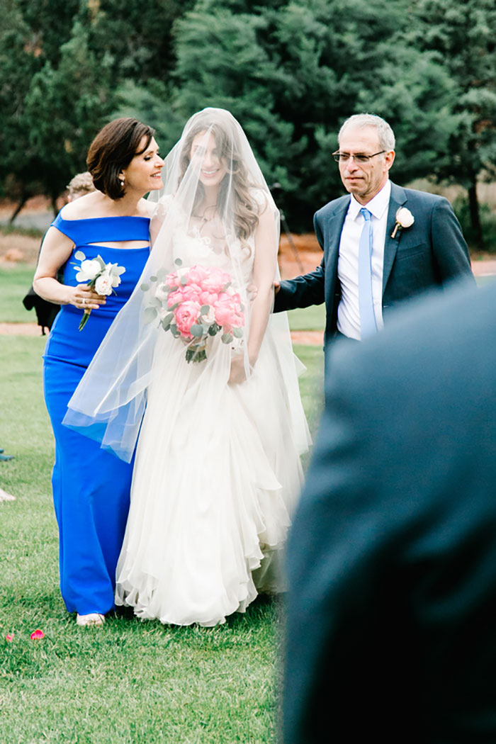 romantic-pink-sedona-travel-desert-wedding42
