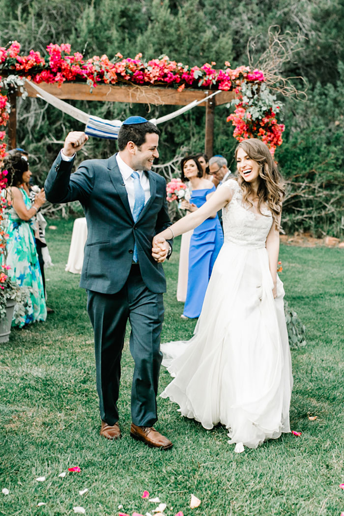 romantic-pink-sedona-travel-desert-wedding47