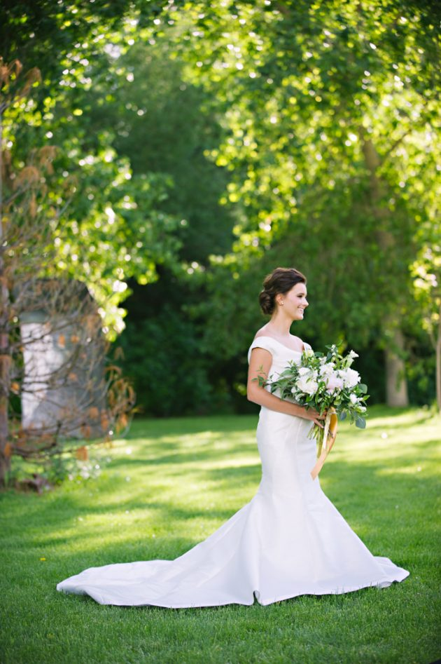 st-julien-colorado-wedding-emerald-classic-inspiration38