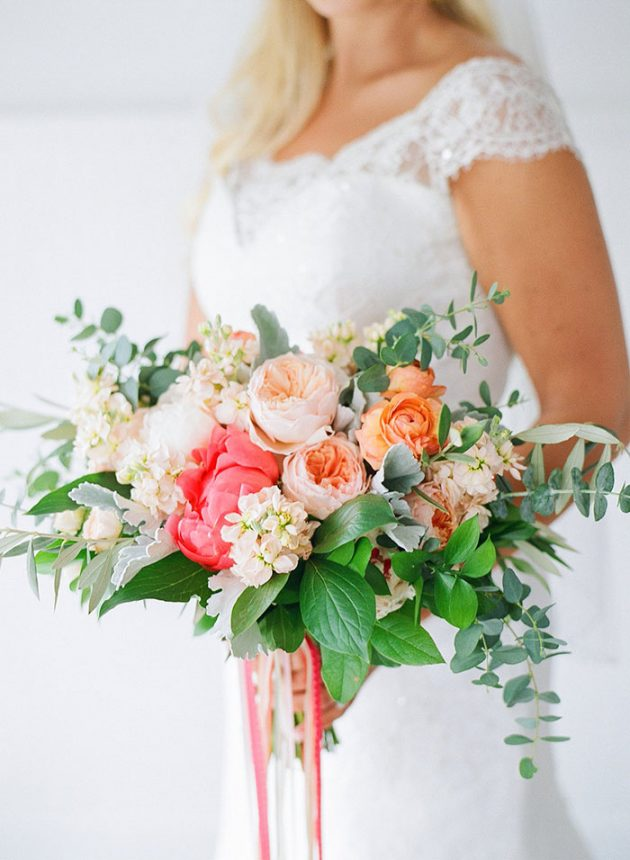 virginia-vineyard-coral-peony-wedding-inspiration09