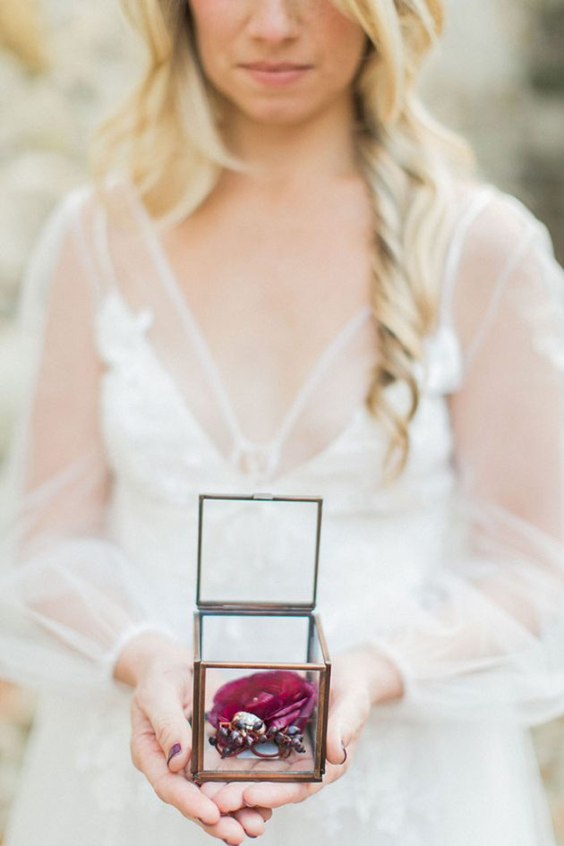 Mission-San-Juan-Capistrano-romantic-berry-hue-inspiration25