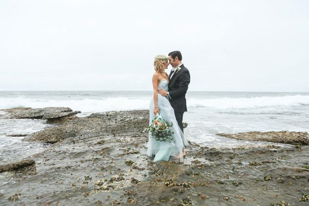 blue-tulle-seaside-anniversary-shoot04