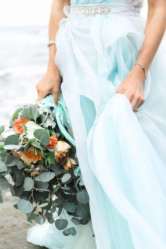 blue-tulle-seaside-anniversary-shoot10