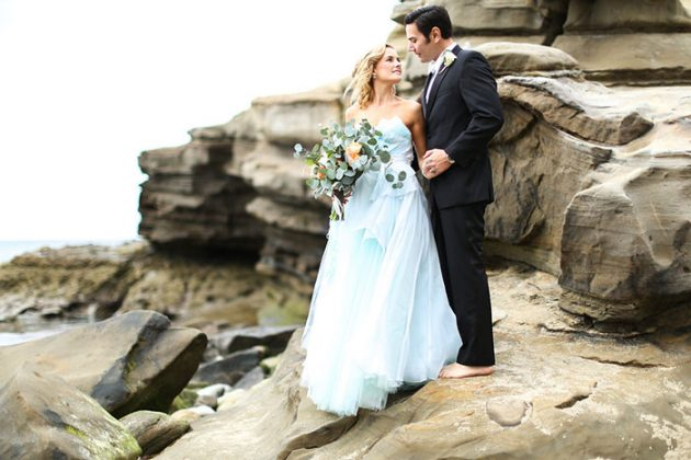 blue-tulle-seaside-anniversary-shoot15