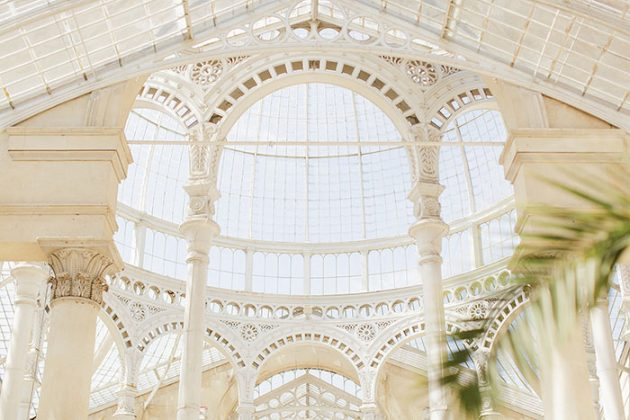 historic-syon-park-brittish-blue-conservatory-wedding-inspiration29