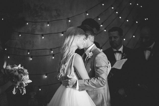 stylish-new-orleans-wedding-glam-deco-modern-romantic-inspiration30