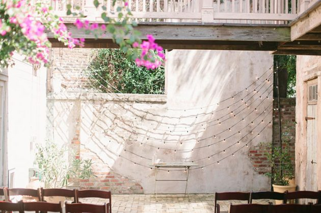 stylish-new-orleans-wedding-glam-deco-modern-romantic-inspiration41