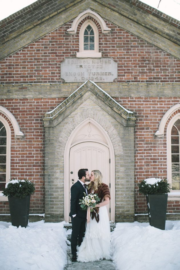 winter-wedding-cozy-romantic-inspiration-toronto36