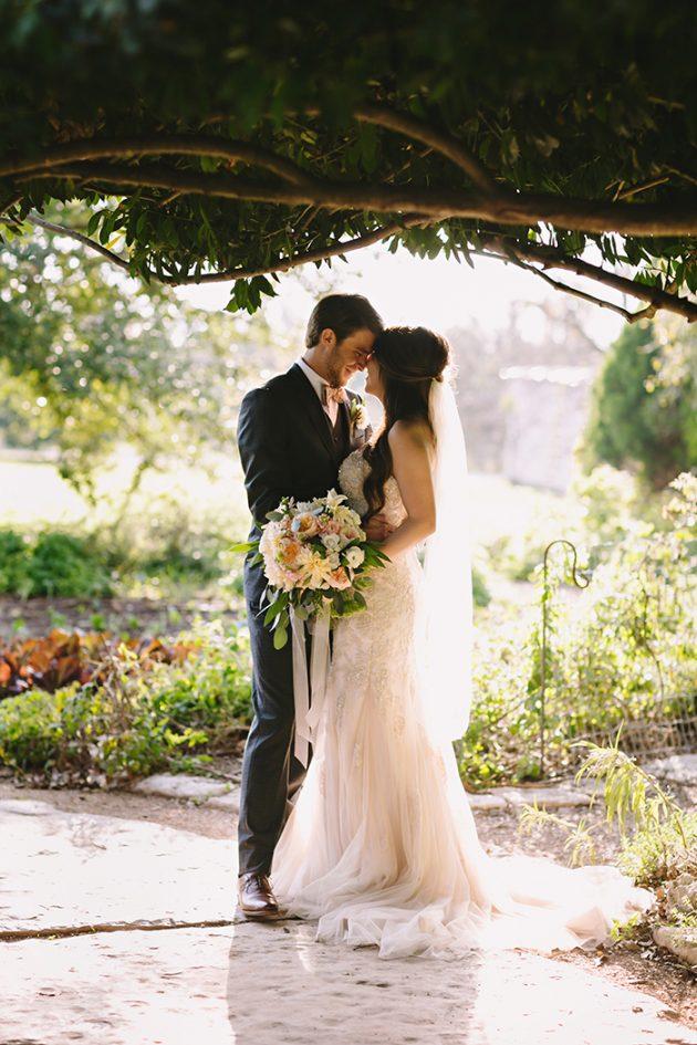 barr-mansion-texas-wedding-inspiration-dahlia11