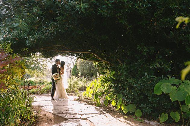 barr-mansion-texas-wedding-inspiration-dahlia12