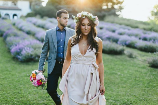 blooming-spring-engagment-shoot-inspiration-floral-crown29
