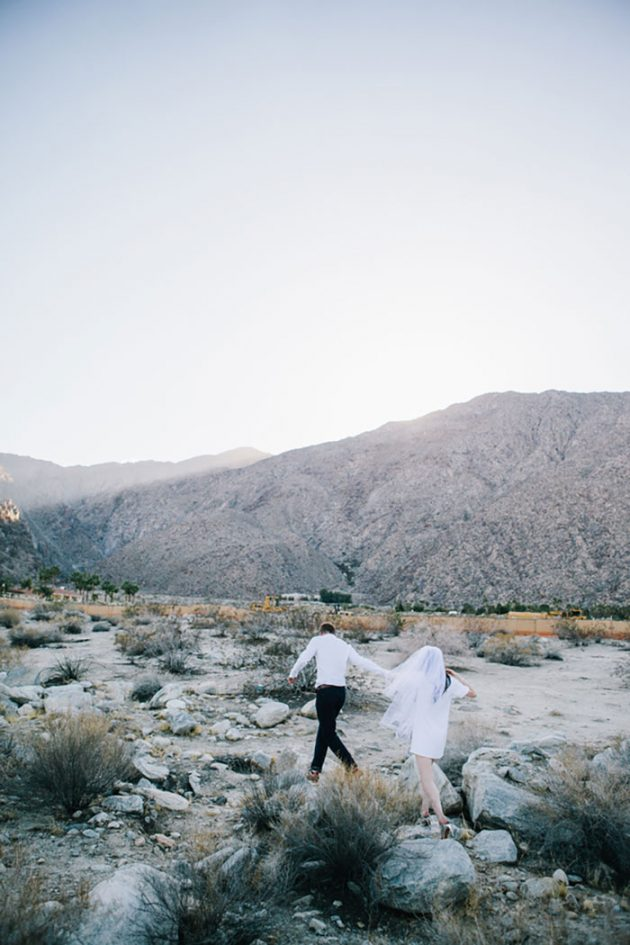 palm-springs-retro-wedding-modern-casual37