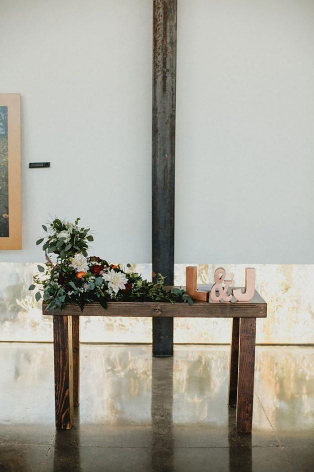 phoenix-glam-terrarium-diy-outdoor-wedding-inspiration34