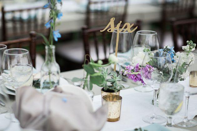 realxed-backyard-wedding-blue-wildflowers13