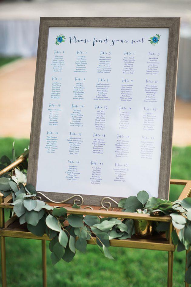 realxed-backyard-wedding-blue-wildflowers16