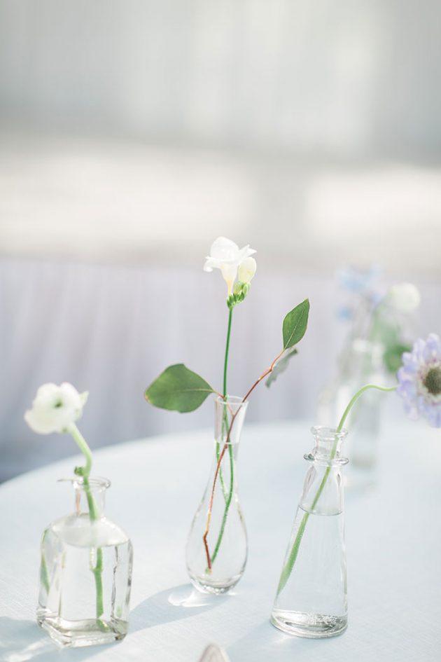 realxed-backyard-wedding-blue-wildflowers17