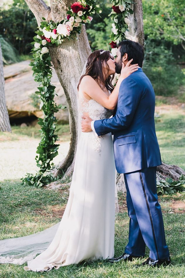 romantic-pomegranite-wedding-inspiration-hummingbird-ranch33