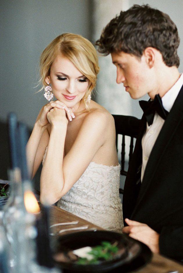 black-white-industrial-feminine-elegant-classic-wedding-inspiration00