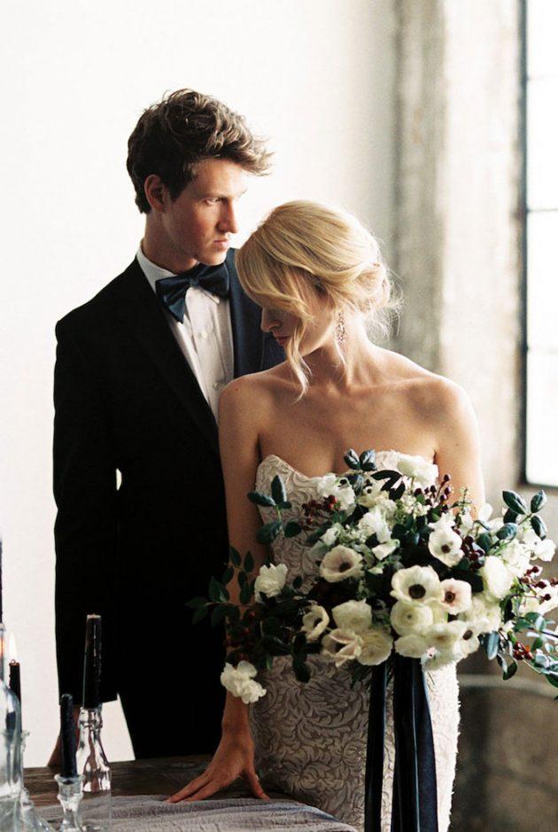 black-white-industrial-feminine-elegant-classic-wedding-inspiration03