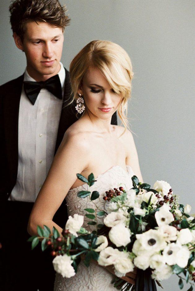black-white-industrial-feminine-elegant-classic-wedding-inspiration16
