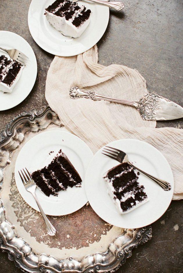 black-white-industrial-feminine-elegant-classic-wedding-inspiration20