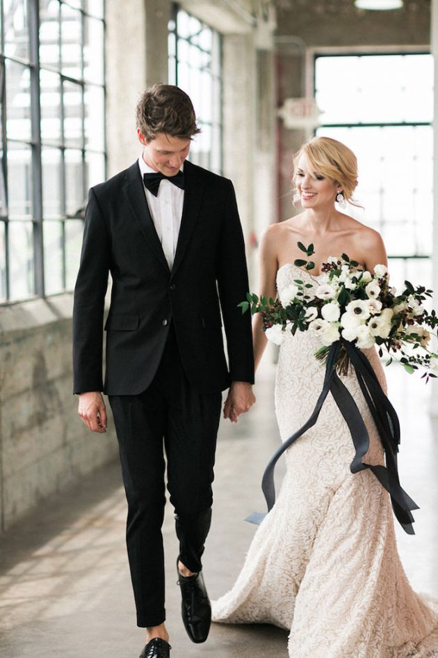 black-white-industrial-feminine-elegant-classic-wedding-inspiration29