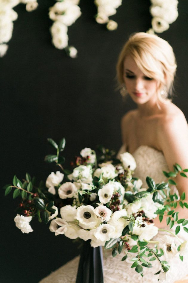 black-white-industrial-feminine-elegant-classic-wedding-inspiration32