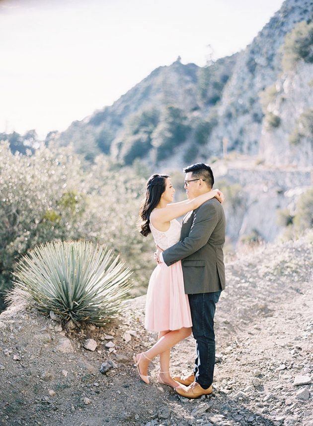 desert-engagement-session-light-pink17