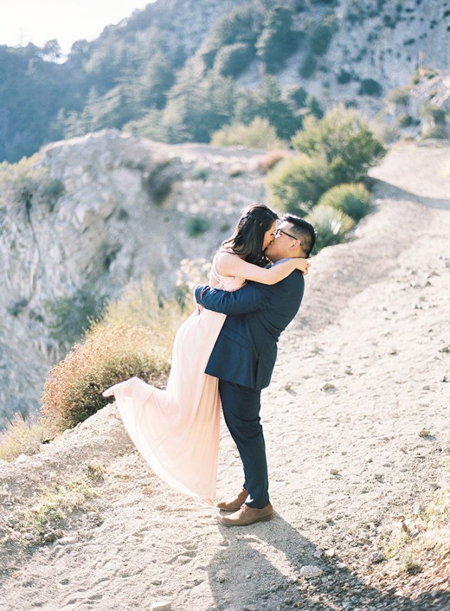 desert-engagement-session-light-pink22