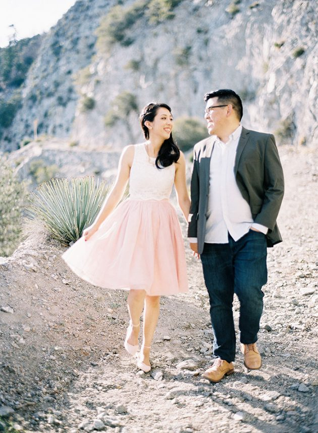 desert-engagement-session-light-pink25
