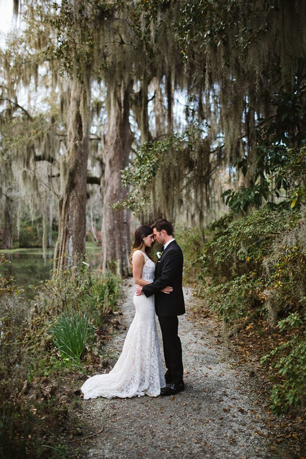 epic-charleston-secret-garden-modern-feminine-wedding-inspiration18