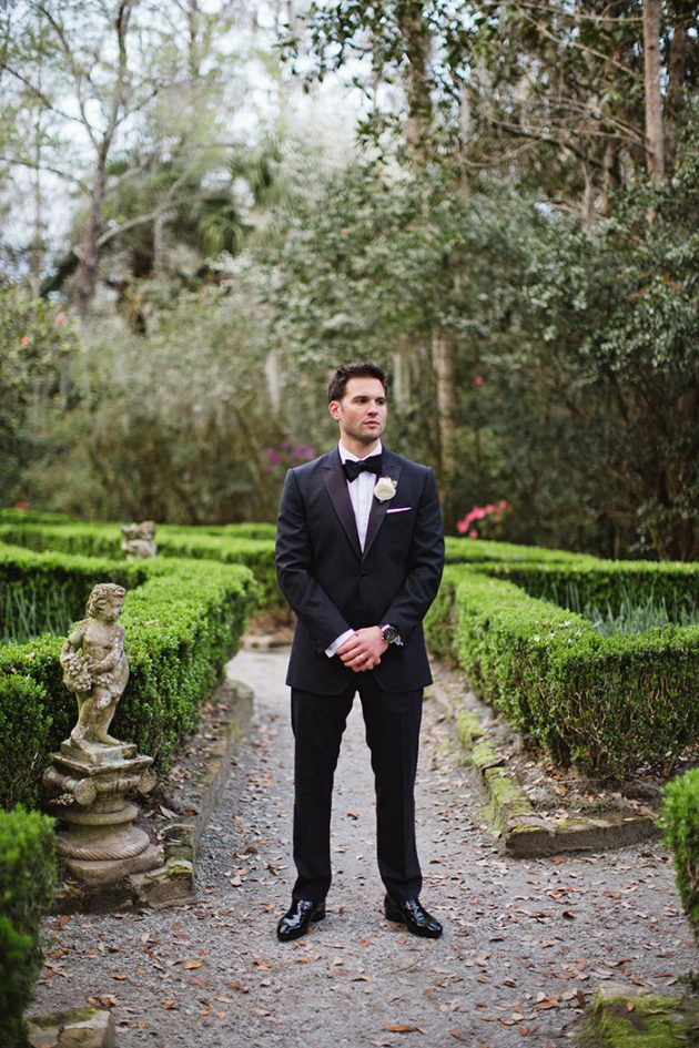 epic-charleston-secret-garden-modern-feminine-wedding-inspiration21