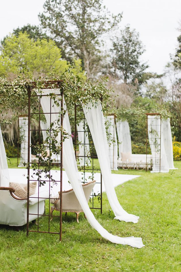 epic-charleston-secret-garden-modern-feminine-wedding-inspiration37
