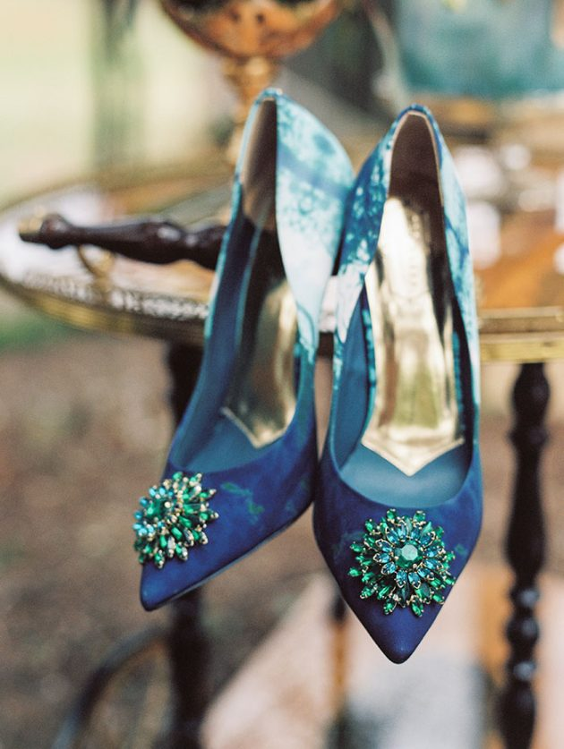 fly-away-with-me-dove-turquoise-wedding-inspiration09