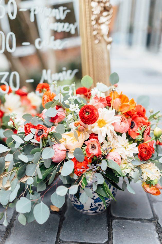 lush-blue-white-inspiration-shoot-elegant-garden-wedding09
