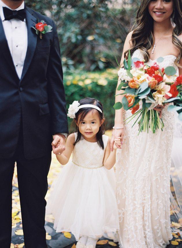 lush-blue-white-inspiration-shoot-elegant-garden-wedding12