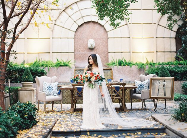 lush-blue-white-inspiration-shoot-elegant-garden-wedding17
